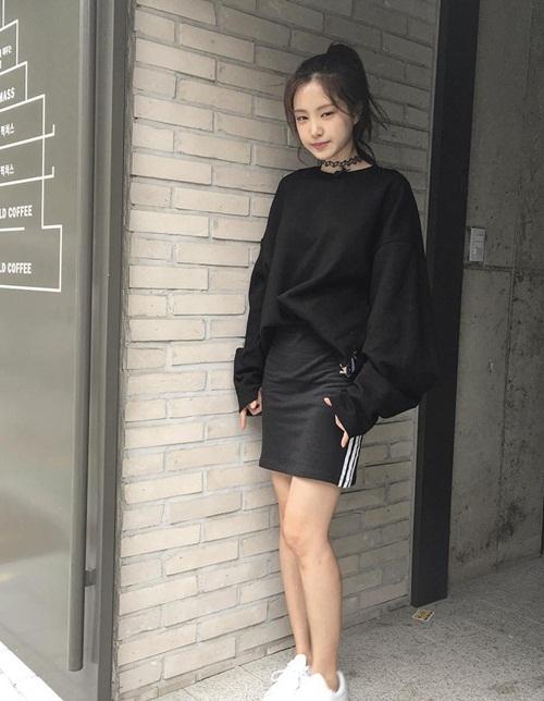 sao-han-31-8-goo-hara-mat-moc-pho-phac-lee-sung-kyung-da-trang-non-na-2-3