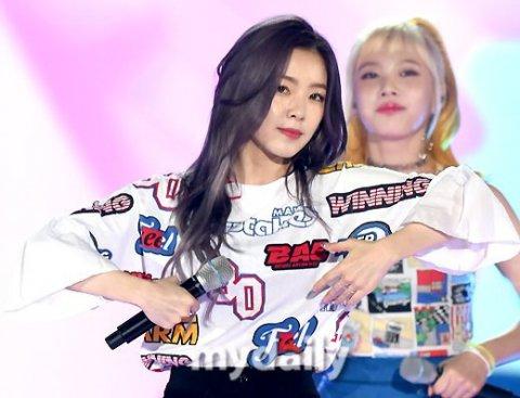 seol-hyun-irene-gay-sot-vi-ngoai-hinh-dep-xuat-sac-8