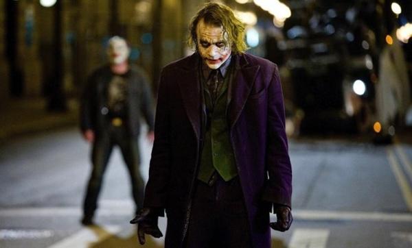 7.The Dark Knight(2008)