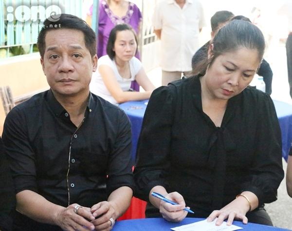 Nghệ sĩ Minh Nhí và Hồng Vân.