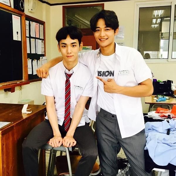 sao-han-20-9-krystal-bi-photoshop-khong-nhan-ra-na-eun-hung-ho-vai-ao-goi-cam