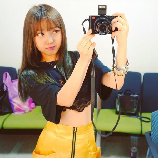 sao-han-20-9-krystal-bi-photoshop-khong-nhan-ra-na-eun-hung-ho-vai-ao-goi-cam-2-6
