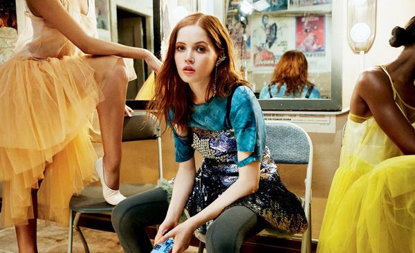 Ellie được chú ý sau vai diễn cô con gái út nhà Bennet trong Kiêu hãnh và Định kiến và Zombie đầu năm 2016. Cũng trong năm nay, nữ diễn viên trẻ đã quay lại màn ảnh rộng với bộ phim kinh dịNocturnal Animals