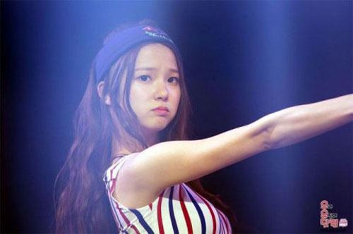 10-idol-kpop-de-thuong-giong-het-chuot-hamster-2-1