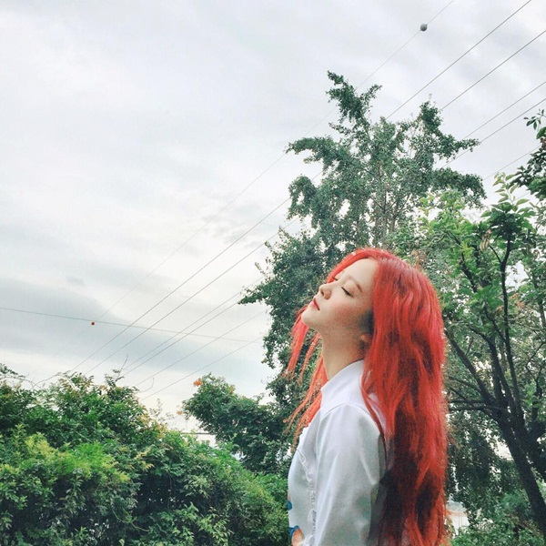 sao-han-5-10-seo-hyun-nhi-nhanh-ben-2-hoang-tu-dep-trai-sulli-da-trang-non-5