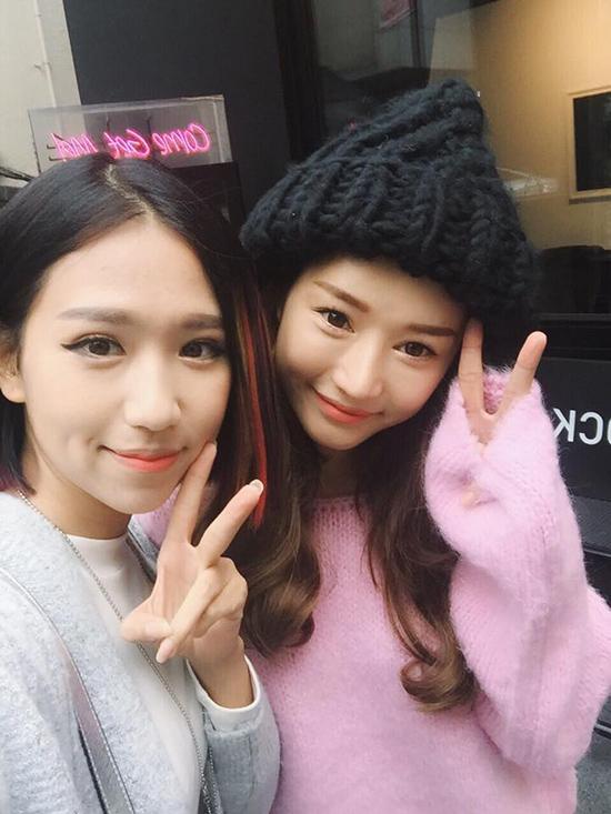 sao-viet-xinh-ngang-ngua-trong-nhung-lan-selfie-voi-my-nhan-han-2