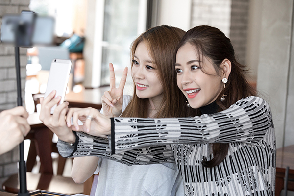 ji-yeon-muon-dong-phim-viet-nam-cung-chi-pu-8