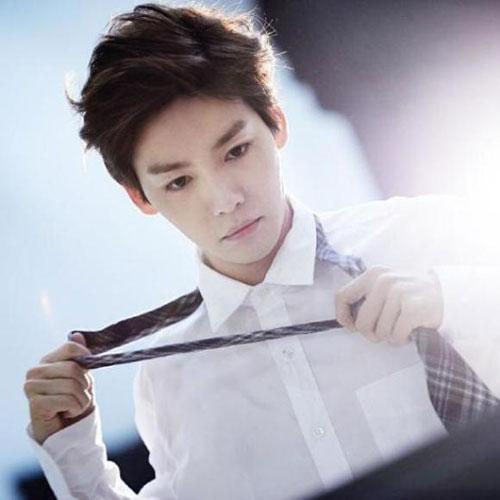 6-my-nam-kpop-co-ngoai-hinh-nhu-dong-doi-hoang-toc-6