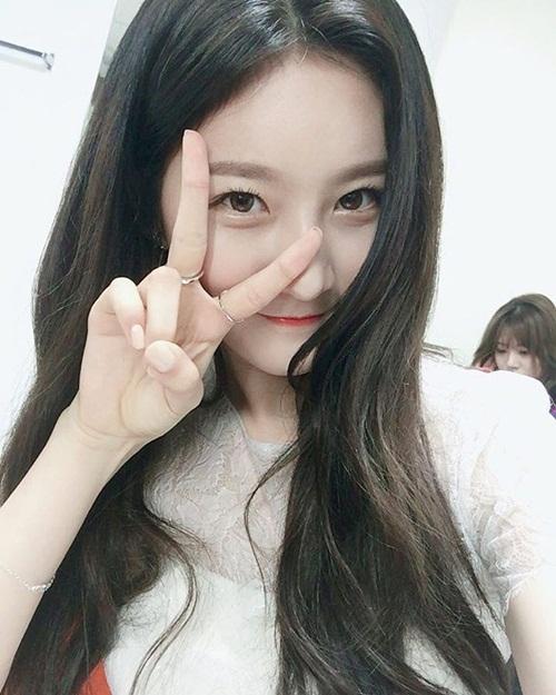 sao-han-8-10-lee-jong-suk-mat-nghiem-tuc-hyun-ah-khoe-xi-tai-sac-so-6