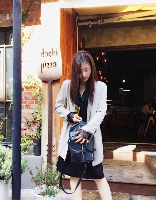 sao-han-9-10-3-my-nu-the-he-moi-do-sac-ji-yeon-khoe-dang-dong-ho-cat-2-4