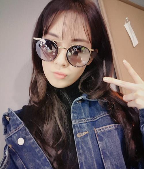 sao-han-9-10-3-my-nu-the-he-moi-do-sac-ji-yeon-khoe-dang-dong-ho-cat-2-6