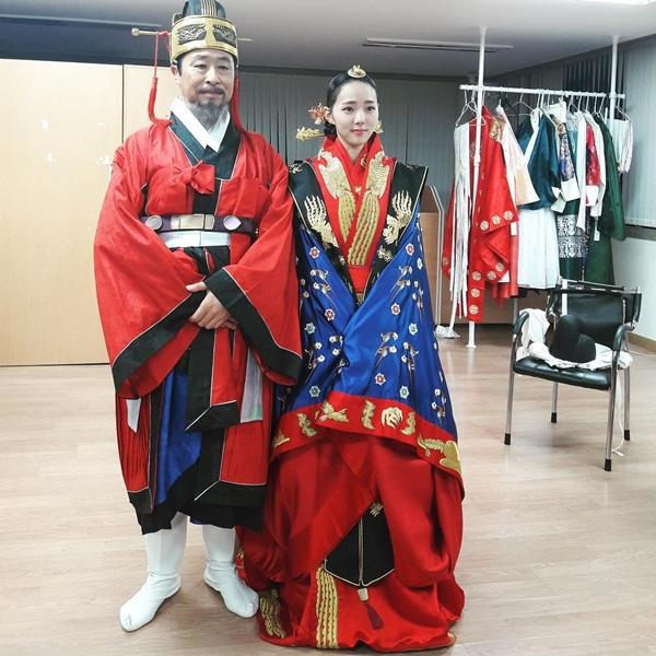 sao-han-10-10-chae-yeon-ioi-eo-nho-xiu-seol-hyun-khoe-dang-quyen-ru
