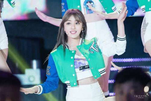 nhung-idol-sinh-nam-97-dang-chiem-linh-thi-truong-kpop-2-1