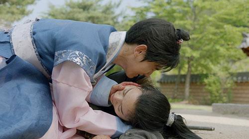 thap-hoang-tu-baek-hyun-chung-to-kha-nang-dien-xuat-o-nhung-phut-cuoi-cung-1