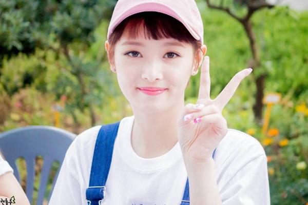 idol-kpop-thach-thuc-nhan-sac-voi-mot-mai-ngan-tren-may-1