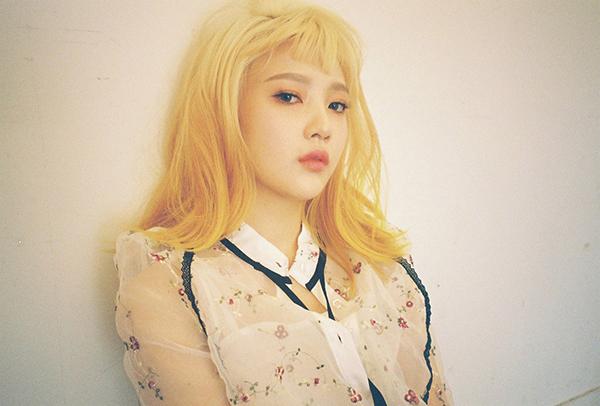 idol-kpop-thach-thuc-nhan-sac-voi-mot-mai-ngan-tren-may-6