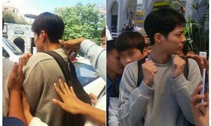 Park Bo Gum bị fan Phillipines luồn tay vào cổ áo