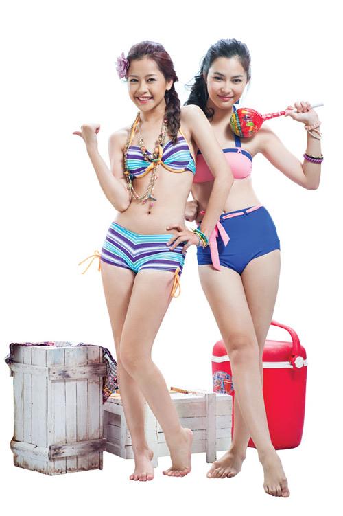 nhung-bo-bikini-dua-chi-pu-thoat-mac-hot-girl-nguc-lep-1