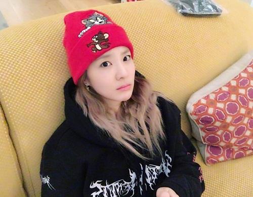sao-han-29-10-seol-hyun-hoa-meo-de-thuong-jessica-di-shopping-sang-chanh-2-1