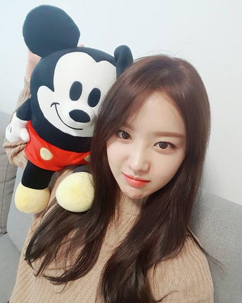 sao-han-29-10-seol-hyun-hoa-meo-de-thuong-jessica-di-shopping-sang-chanh-2-2