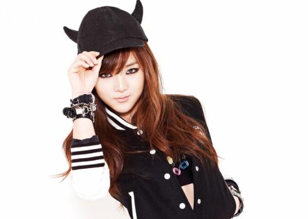 11-idol-kpop-la-thanh-vien-noi-tieng-duy-nhat-cua-nhom-8
