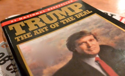 một trong những cuốn sách của Donald Trump