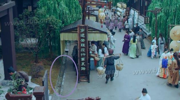 phat cau loi ngo ngan phim co trang 8 ty view cua tq hinh anh 15