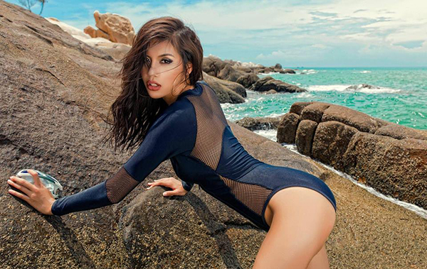 2-chan-dai-boc-lua-duoc-don-la-dai-dien-viet-nam-o-asias-next-top-model-4