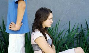 Chân ngắn, ngoan ngoãn, có học thức cũng không đáng được làm vợ sao?