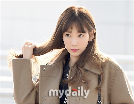 yoon-ah-tae-yeon-do-ve-sang-chanh-o-san-bay-9