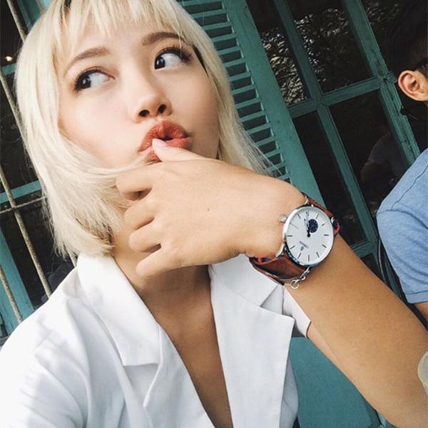10-kieu-tao-dang-tay-cho-hinh-selfie-bot-nhat-5