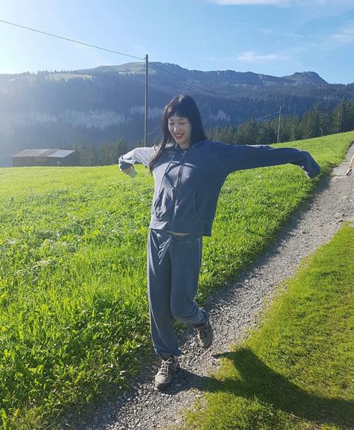 sulli-bi-vi-nhu-nu-hoang-thi-phi-kim-kardashian-xu-han-7
