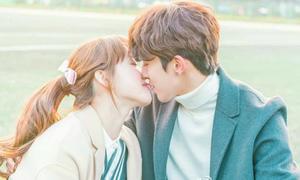 'Tiên nữ cử tạ' tập cuối: Bok Joo nhận được lời cầu hôn ngày tốt nghiệp