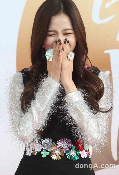 golden-disc-awards-loat-my-nhan-kpop-khoe-sac-tren-tham-do-5