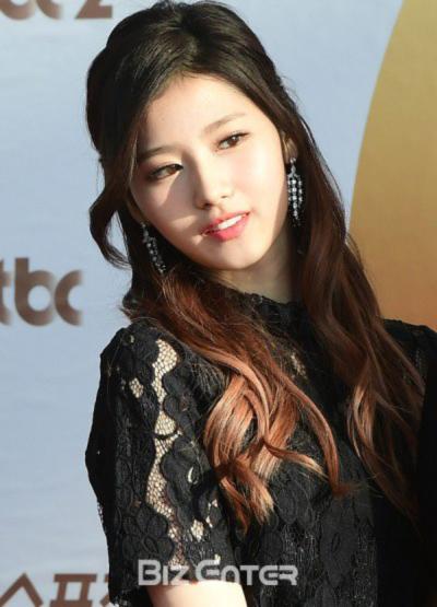 golden-disc-awards-loat-my-nhan-kpop-khoe-sac-tren-tham-do-11