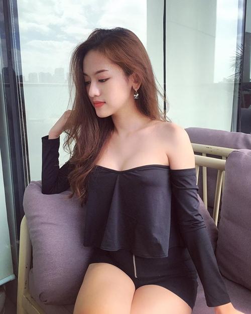 nhan-sac-quyen-ru-cua-hot-girl-chieu-tro-thuy-vi-sau-dao-keo-1