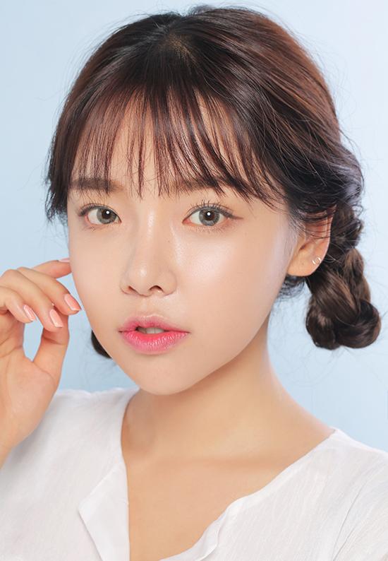5-mot-keo-ngot-quay-lai-danh-bat-xu-huong-makeup-kieu-tay-7