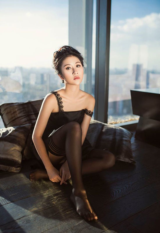 quynh-anh-shyn-khoe-vong-3-trong-bo-anh-sexy-nhat-tu-truoc-den-nay-11