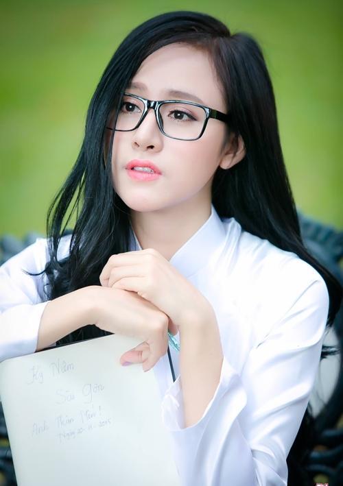 5-hot-girl-viet-cung-tuoi-ga-nhung-phong-cach-trai-nguoc-6