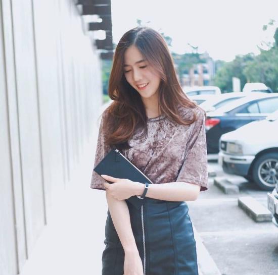 mot-ao-nhung-ngan-tay-hot-ran-ran-tu-thai-sang-viet-5