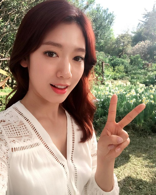 sao-han-18-2-soo-young-lap-lo-vong-1-goi-cam-iu-khoe-ve-dep-trong-veo-6