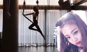 Sao Hàn người khoe dáng sexy, kẻ khổ sở khi tập Yoga