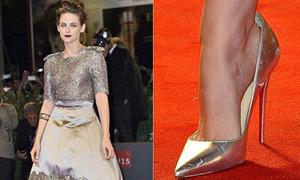 Lý do các sao thường đi giày rộng hơn chân 1 size