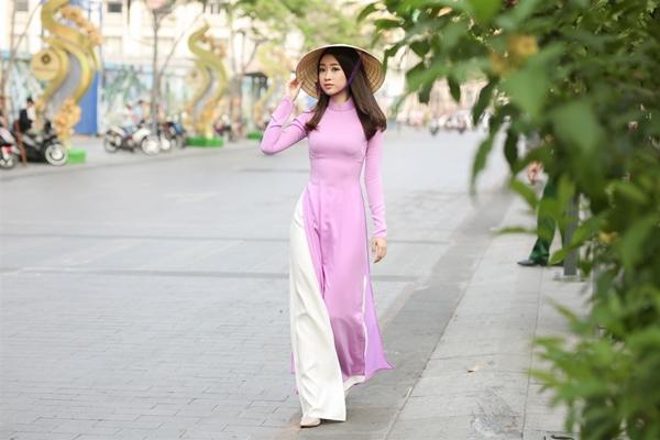 Hoa-hau-Do-My-Linh-32-9294-1488720910.jp