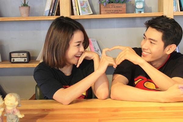 Quang Đăng – Thái Trinh dành tặng nhau vũ điệu Nơi này có Anh