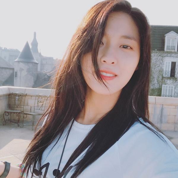 sao-han-19-3-seol-hyun-da-trang-rang-ngoi-jessica-de-mai-trai-tim-ngot-ngao-1