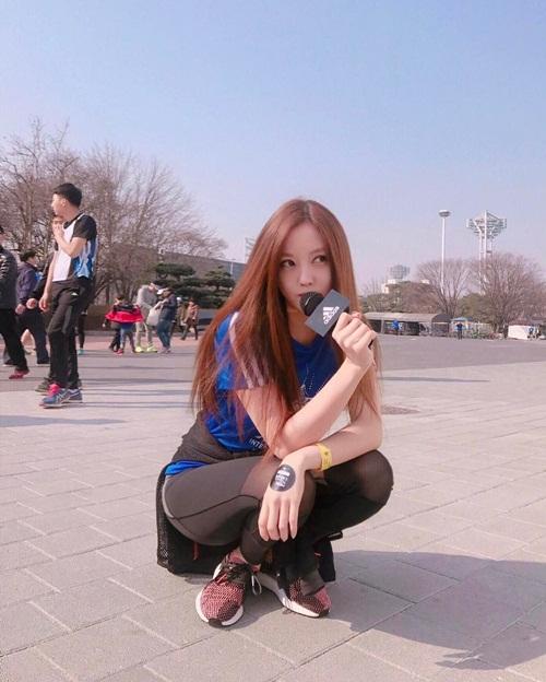 sao-han-20-3-vo-chong-kim-tae-hee-lang-man-hyun-ah-doi-style-trong-sang-page-2-5