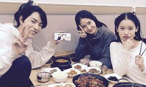 Sao Hàn 30/3: Yoon Ah giản dị vẫn xinh, Seol Hyun chân nhỏ bất ngờ