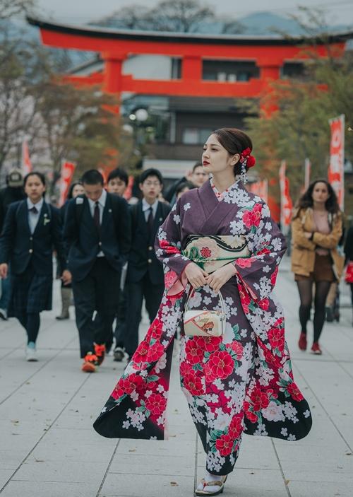 bao-anh-dep-sac-sao-khi-dien-kimono-dao-pho-nhat-4