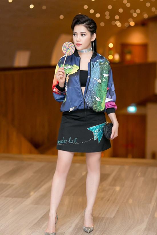 vietnam-international-fashion-1739-4411-